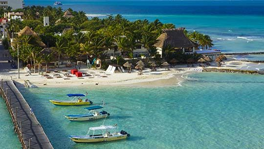 Mexico-riviera-Maya-white-beach-muelle